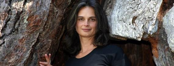 La Mujer que vivió 2 años en un árbol para protegerlo: Julia Butterfly